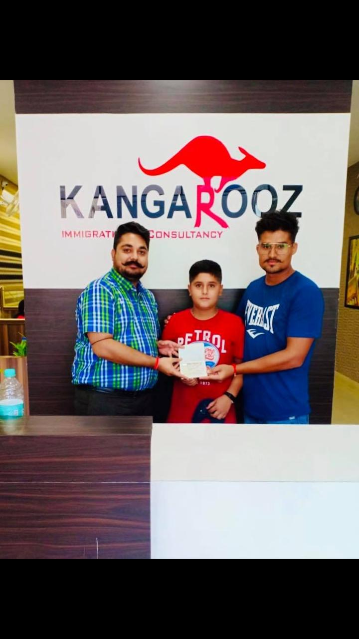 Kangarooz Immigration & English School